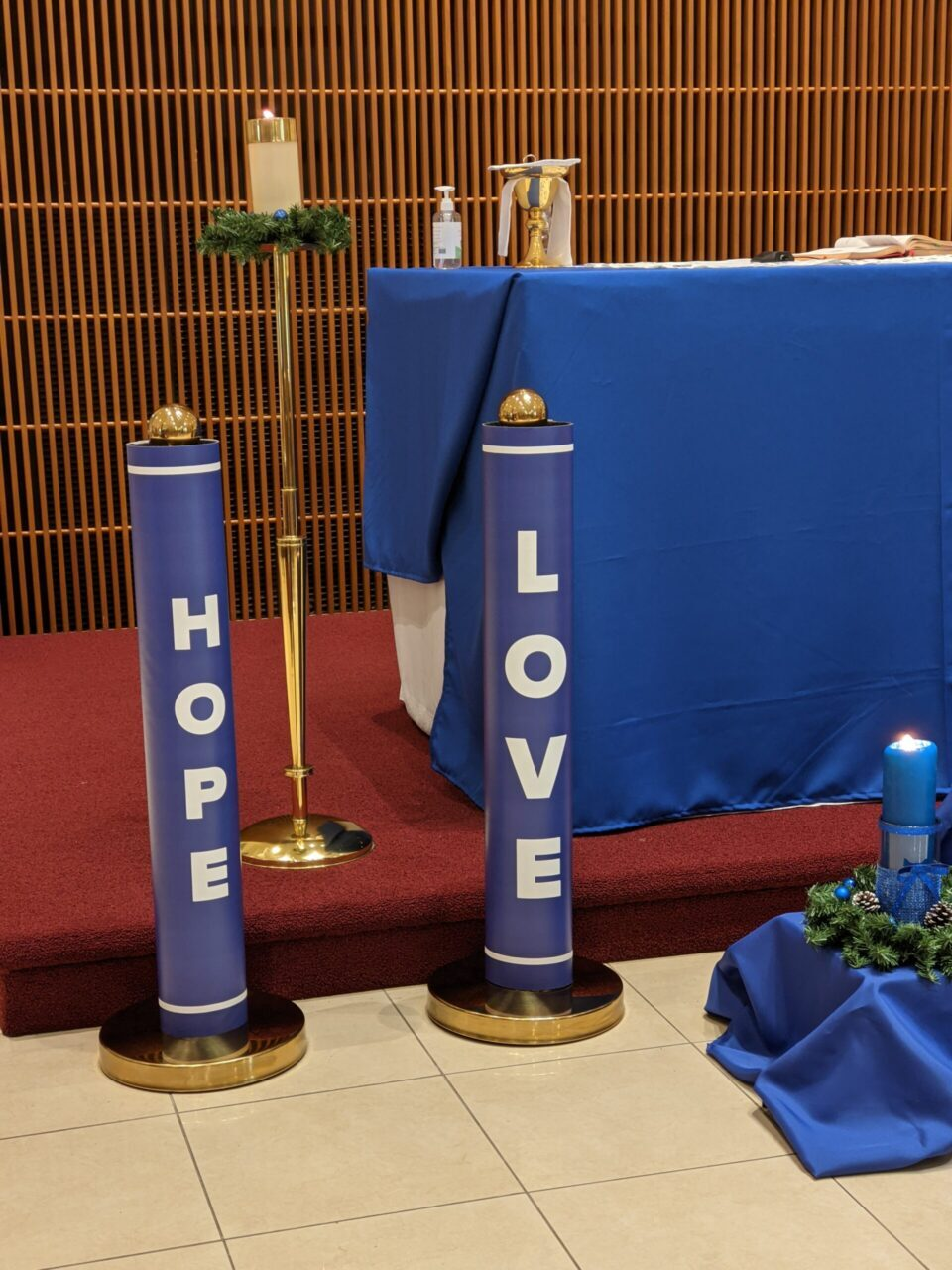New Advent Stands Hope and Love
